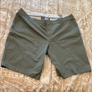 BRAND NEW JC Penny Green Shorts - 24W